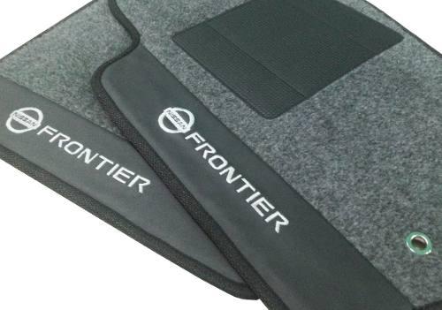 Tapete Carpete Nissan Frontier Luxo com Base Pinada