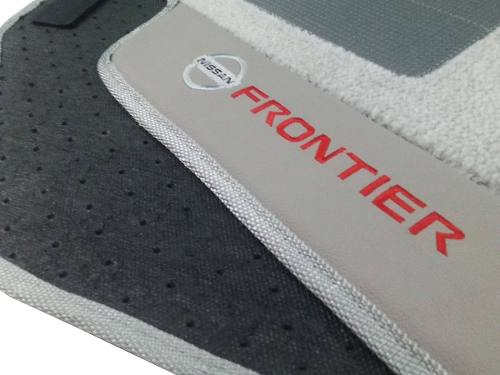 Tapete Nissan Frontier Carpete Premium 12mm base pinada