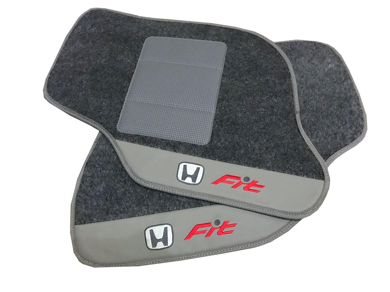 Jogo de Tapetes Honda Fit Luxo Base Pinada