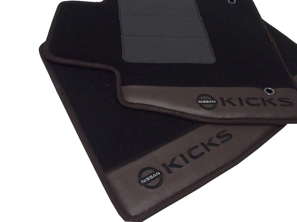 Tapete Carpete Nissan Kicks 12MM Premium com Base Pinada