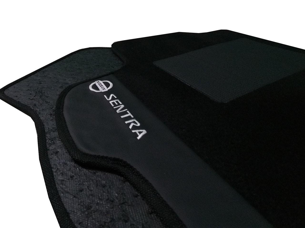 Tapete Nissan Sentra 2007/... Carpete Luxo Base Pinada