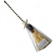 Vassoura de Bruxa de Palha e Bambu com Anis Estrelado e Hematita