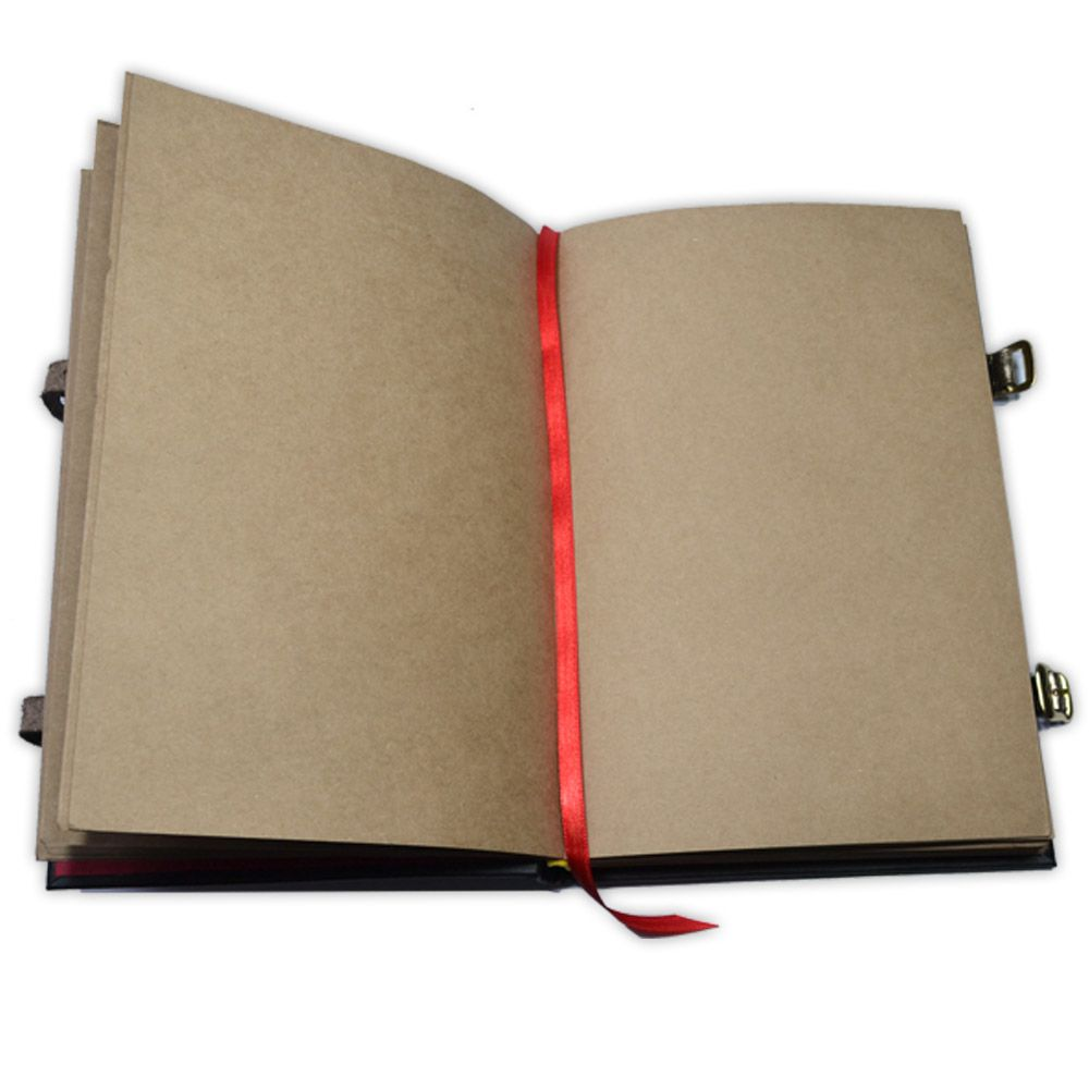Book Of Shadows Encadernação Medieval 250pg. - Triquetra