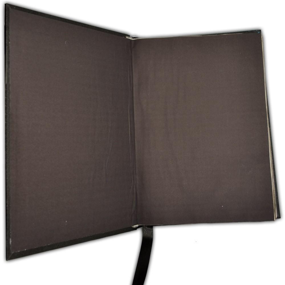 Livro das Sombras de Capa Preta - gde (1)