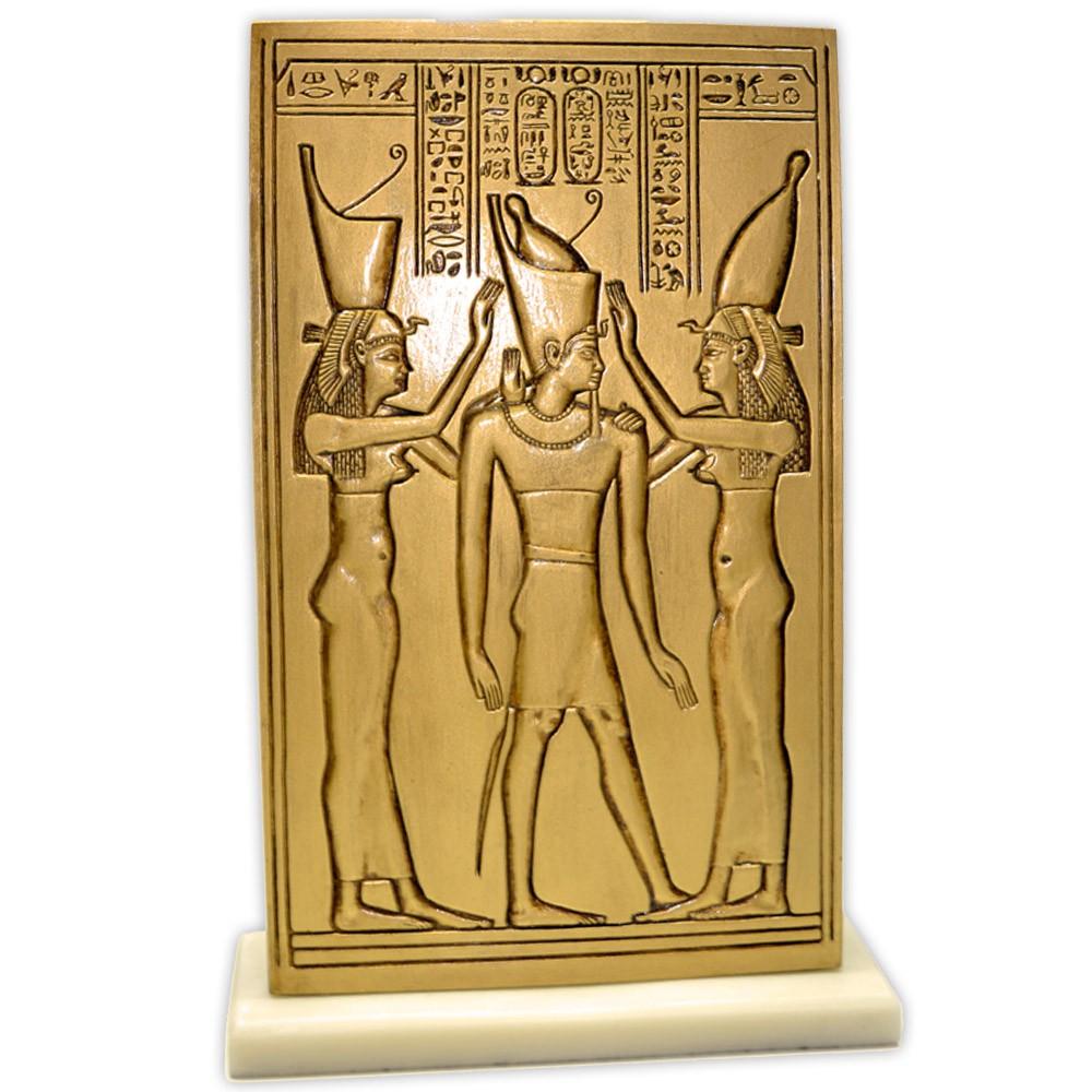 Réplica Museu Egípcio - Uadjit e Nekhebet com Ptolomeu IV
