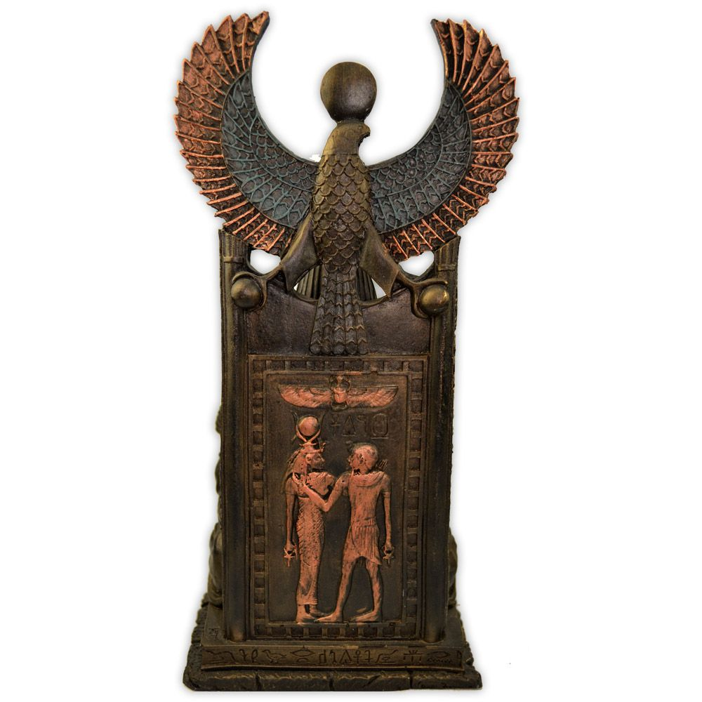 Sekhmet no trono