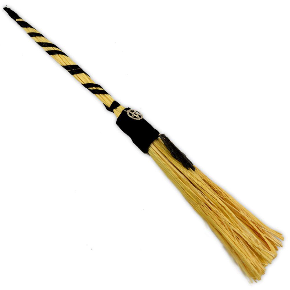 Vassoura - Palha com bambu Cianita Negra