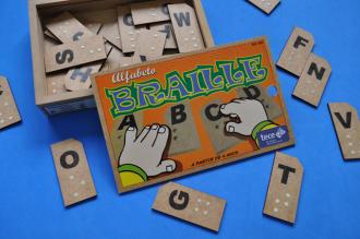 Alfabeto Braille em MDF