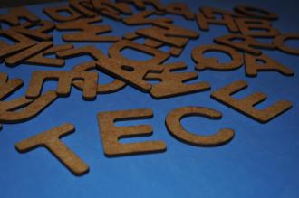 Alfabeto Recortado móvel com 120 peças