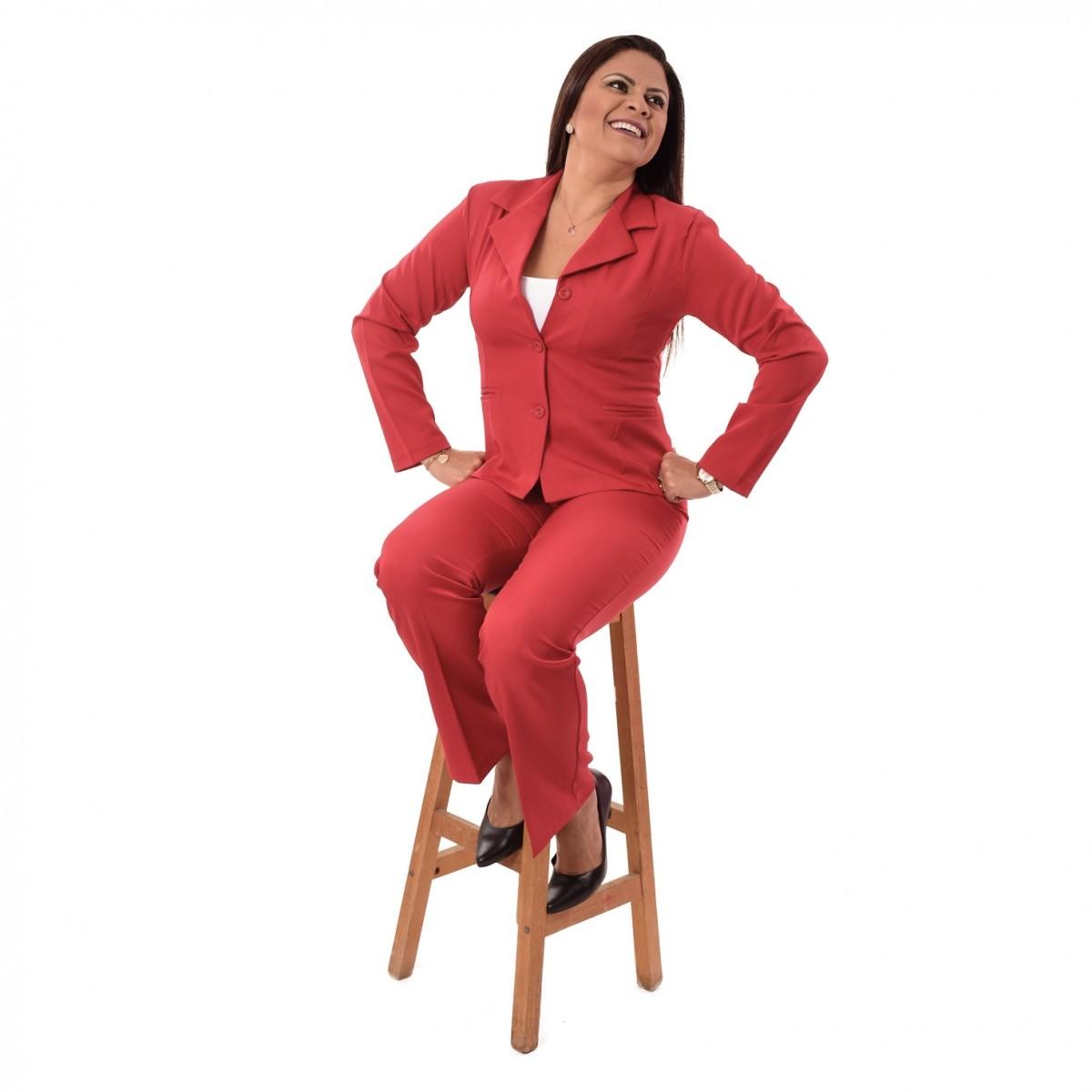 Conjunto Feminino Blazer sem forro, 3 botões com Calça - Vermelho
