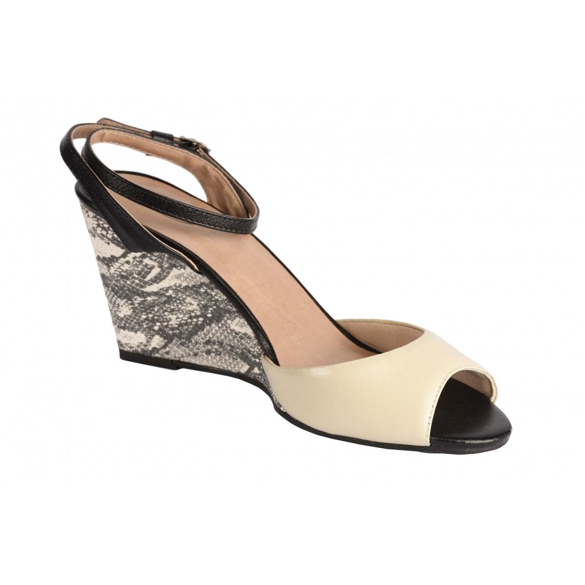 Sandália Neftali Comfort bico peep-toe com salto alto elegante