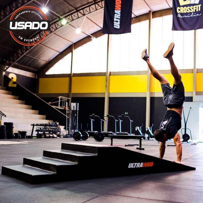 Rampa com Escada para Handstand Walk UltraWod - Evento