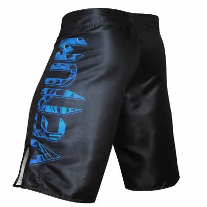 Bermuda MMA Giant Carpa - Preto/Azul - Venum -  - Loja do Competidor
