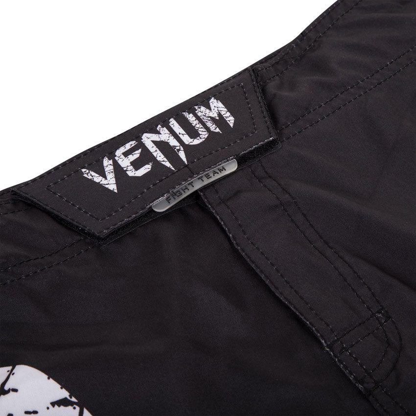Bermuda MMA Neo Camo Giant - Preto/Branco - Venum  - Loja do Competidor