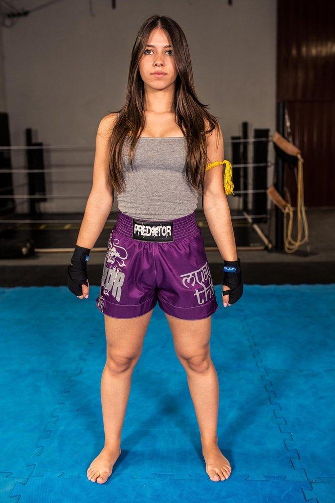 Calção   Short Muay Thai Drago Feminino Predator a32218bb16cce