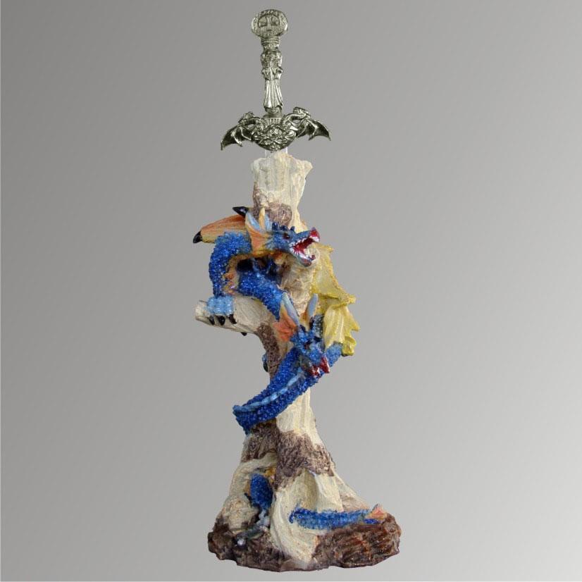 Dragão Sumério com Espada