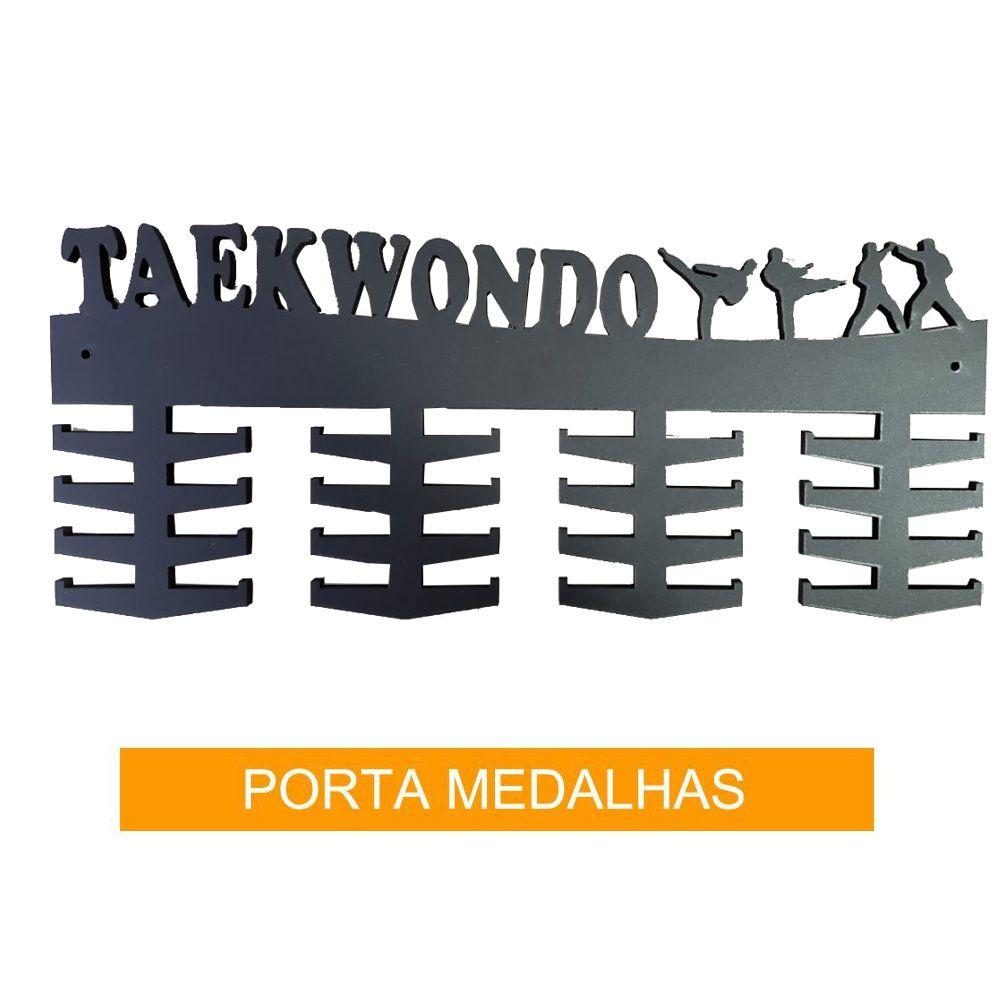 Porta Medalhas para Taekwondo - 32 ganchos - Madeira 6mm - Toriuk