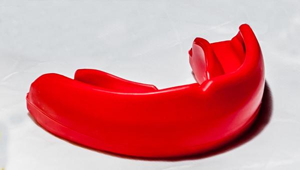 Protetor Bucal Superior - Profissional - Superior com estojo - Dogma .  - Loja do Competidor