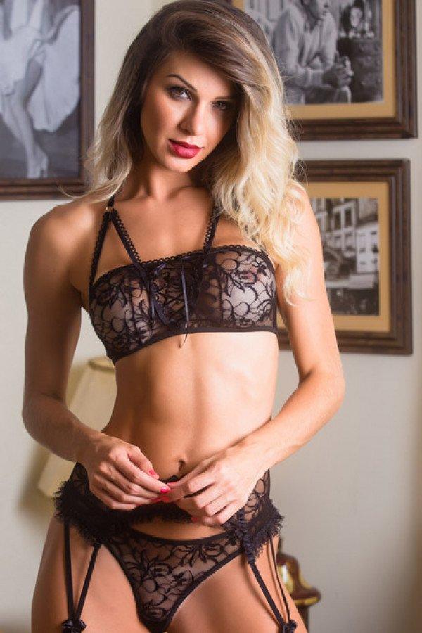 Fantasia erótica Feiticeira Scarlat - Garota Veneno