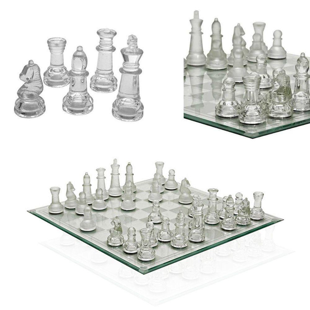 jogo de xadrez peças e tabuleiro em vidro rico em detalhes