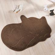 Tapete Infantil Premium Formato Gato Soneca Café 88cm x 62cm