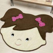 Tapete Infantil Premium Formato Menina Sara Café 72cm x 60cm