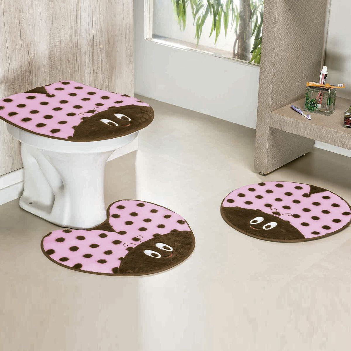Jogo de Banheiro Premium Formato Joaninha Rosa 03 Peças