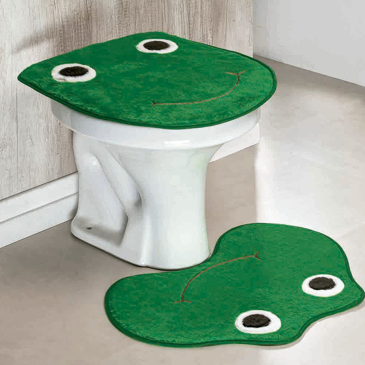 Jogo de Banheiro Premium Formato Sapo Verde Bandeira 03 Peças