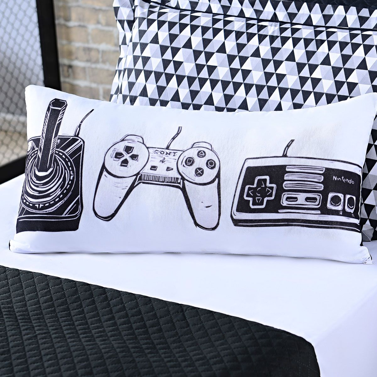 Kit 10 Capas de Almofadas Infantil Game Retrô Branco/Preto 60cm x 30cm