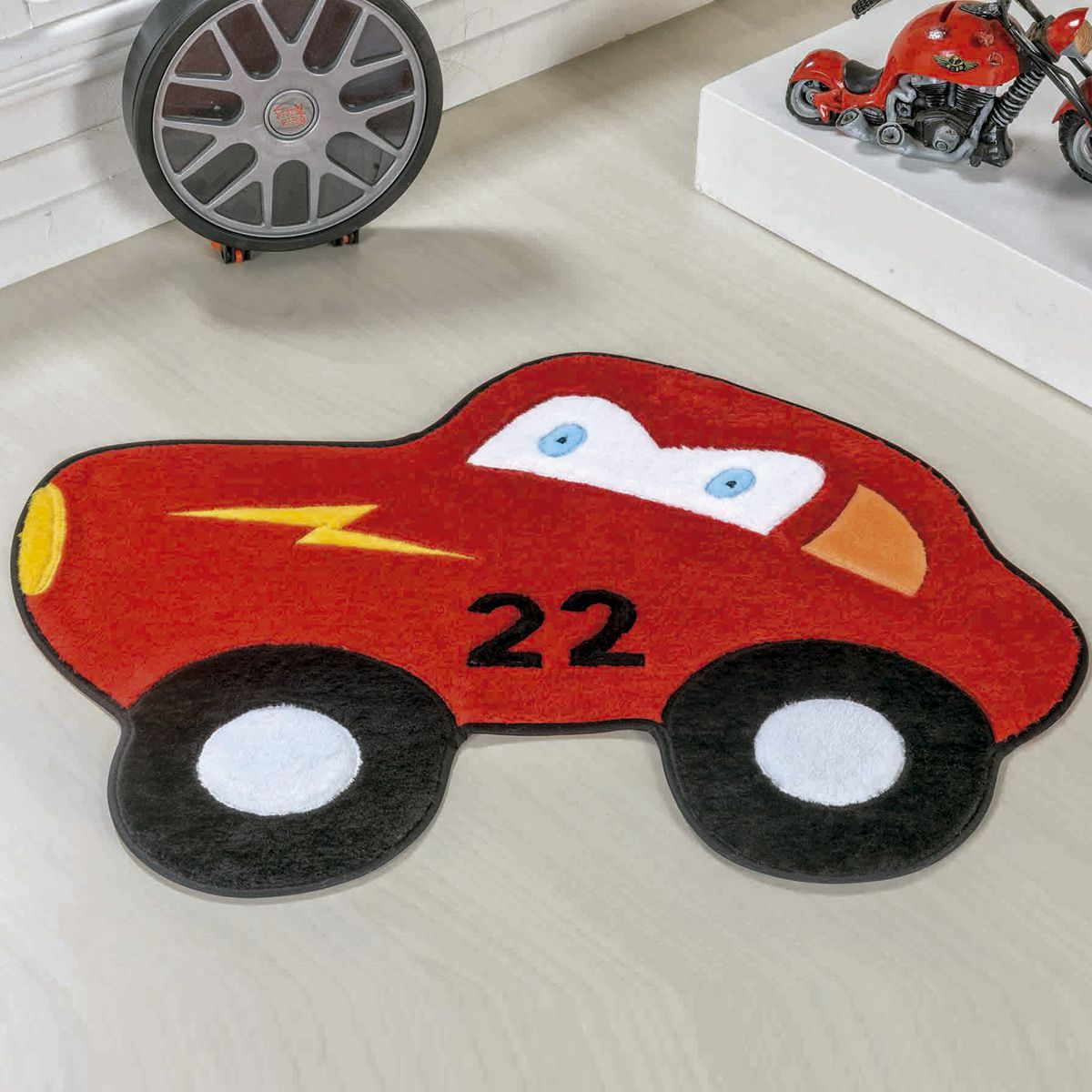 Tapete Infantil Premium Formato Carrinho 22 Vermelho 74cm x 56cm