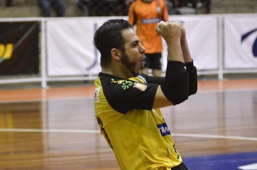 Cotoveleira De Goleiro Futsal Penalty Profissional