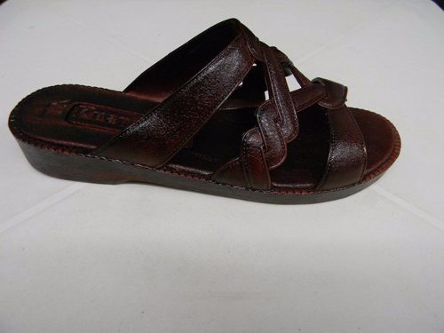 Yoto  cacaneal spur sandals mod 628