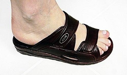Yoto  cacaneal spur sandals mod 568