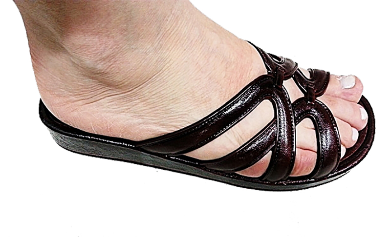 Yoto heel spur sandals mod 892