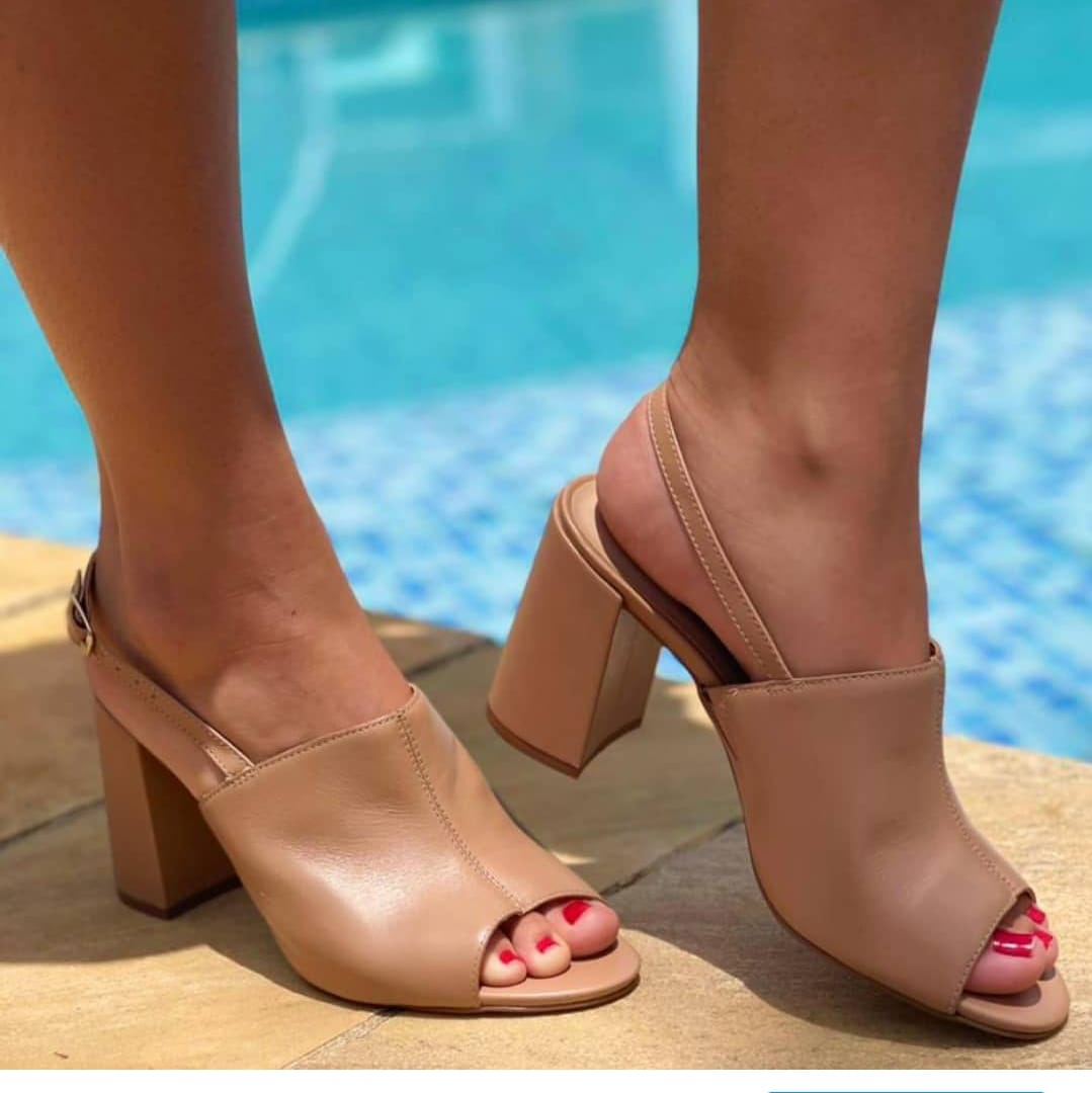Você já tem uma sandália nude pra chamar de sua?