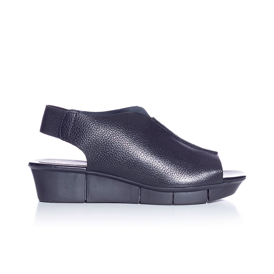 Sandália Comfy Frances Floater Preto