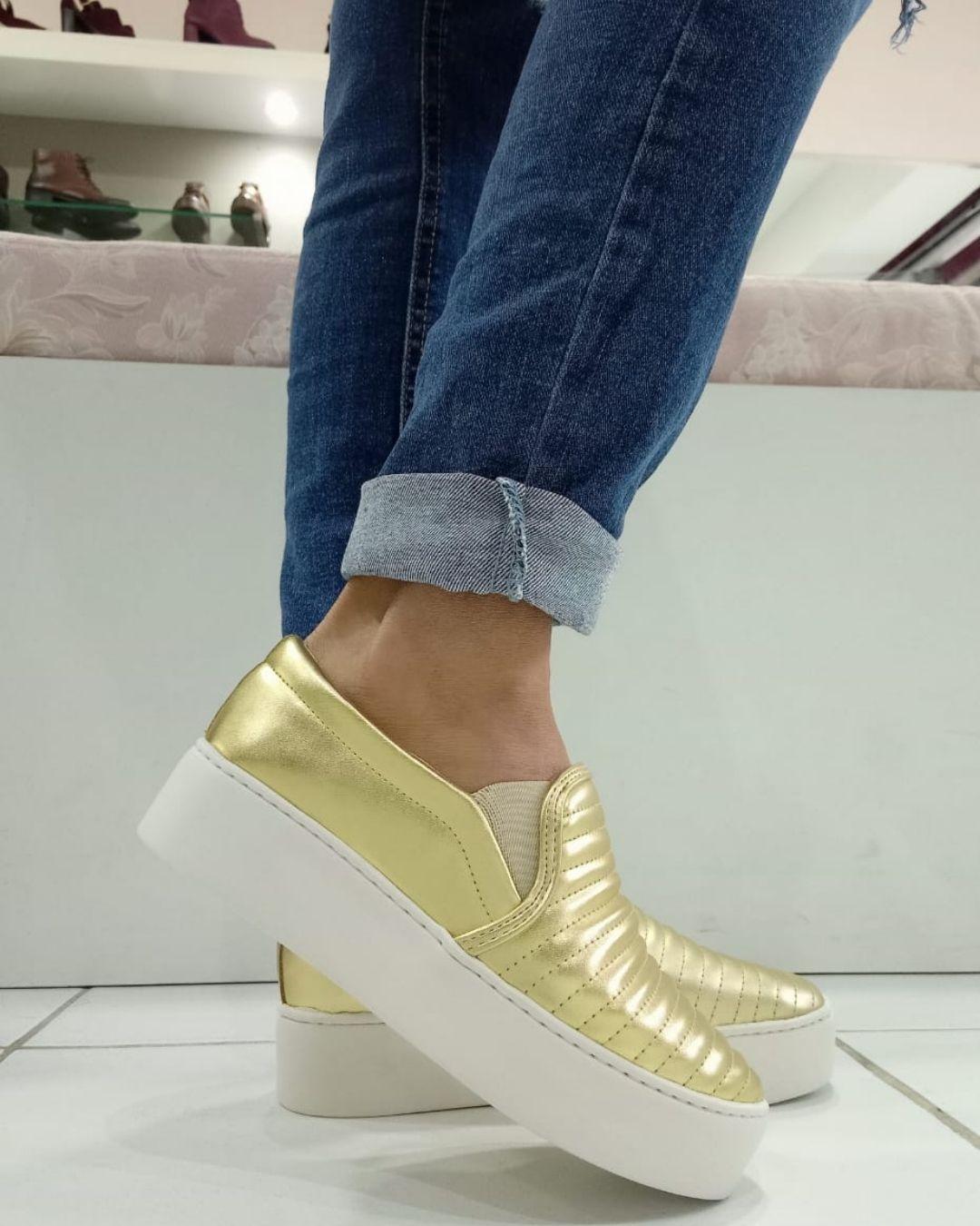 Slip On Flatform matelasse  Feminino  Ouro Light