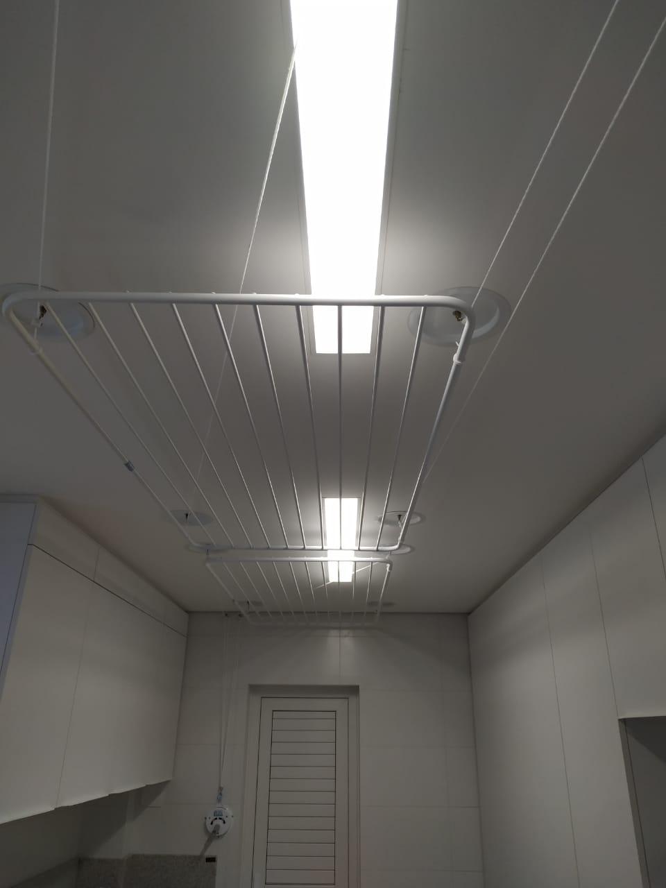 Varal de teto em alumínio branco 100x075 10 varetas - Multivarais