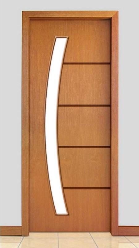 Porta de Madeira Frisada com Detalhe Vidro Curvo Acabamento Curupixá PTL43