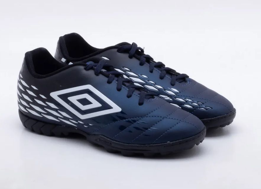 Chuteira Umbro Fifty 2 Society Masculino 0F71089