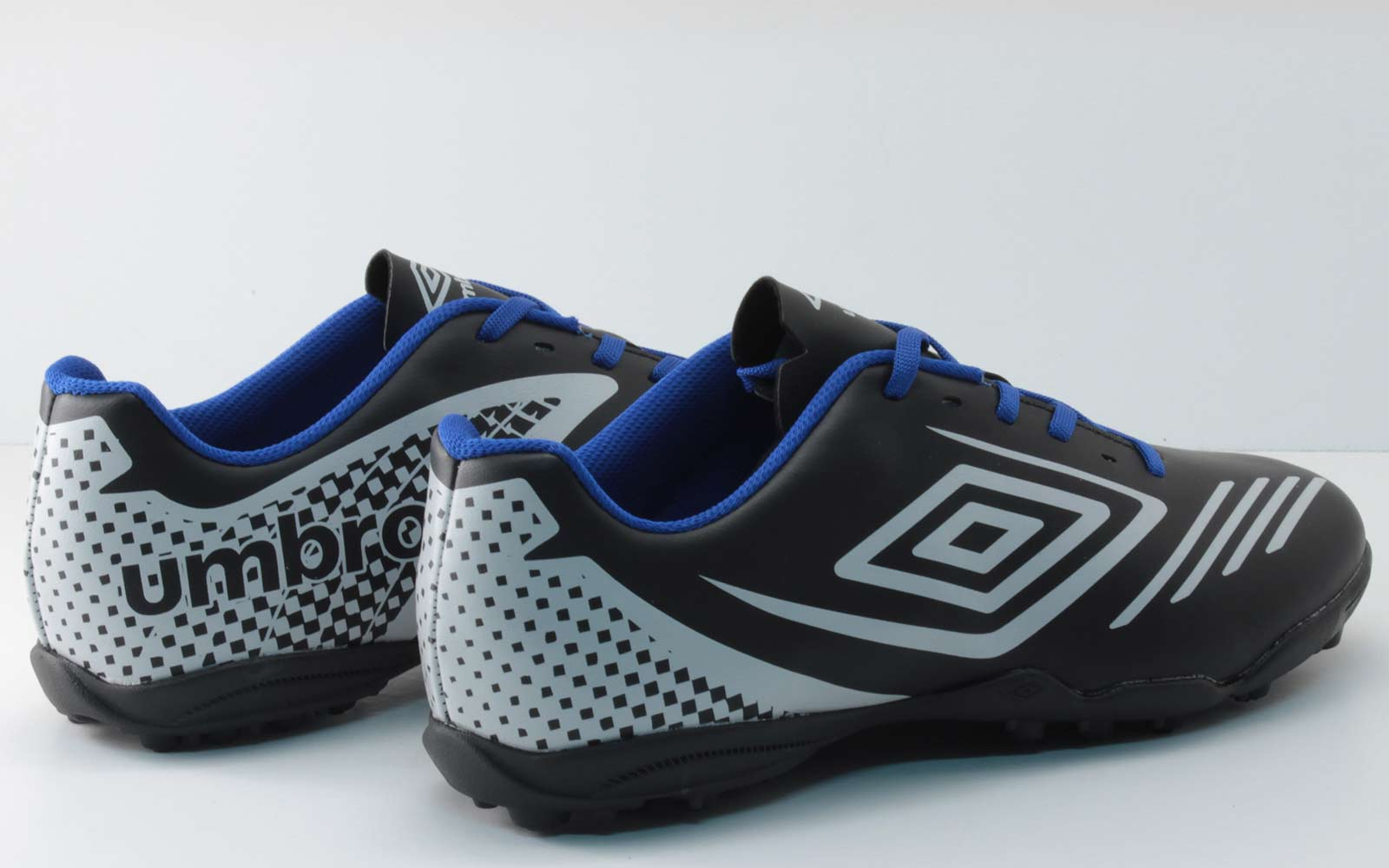 Chuteira Umbro Guardian Society 0F71081