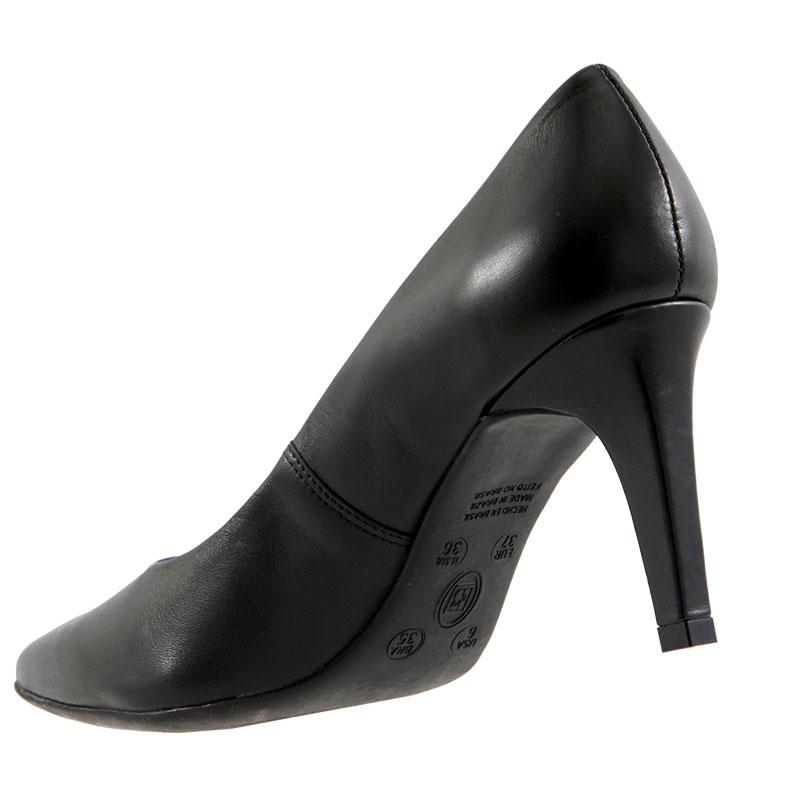 Sapato Scarpin Bottero Bico Fino Couro Salto 239421