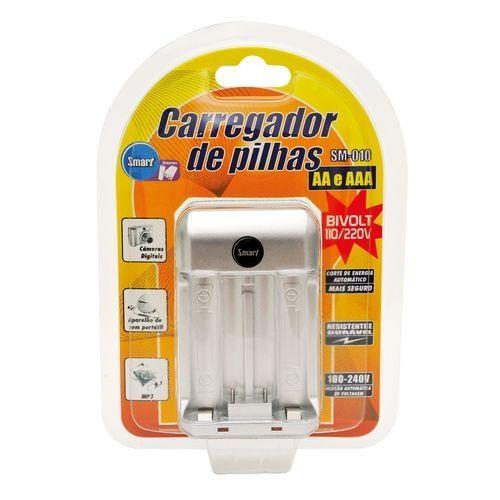 Carregador de pilhas AA e AAA bivolt smart