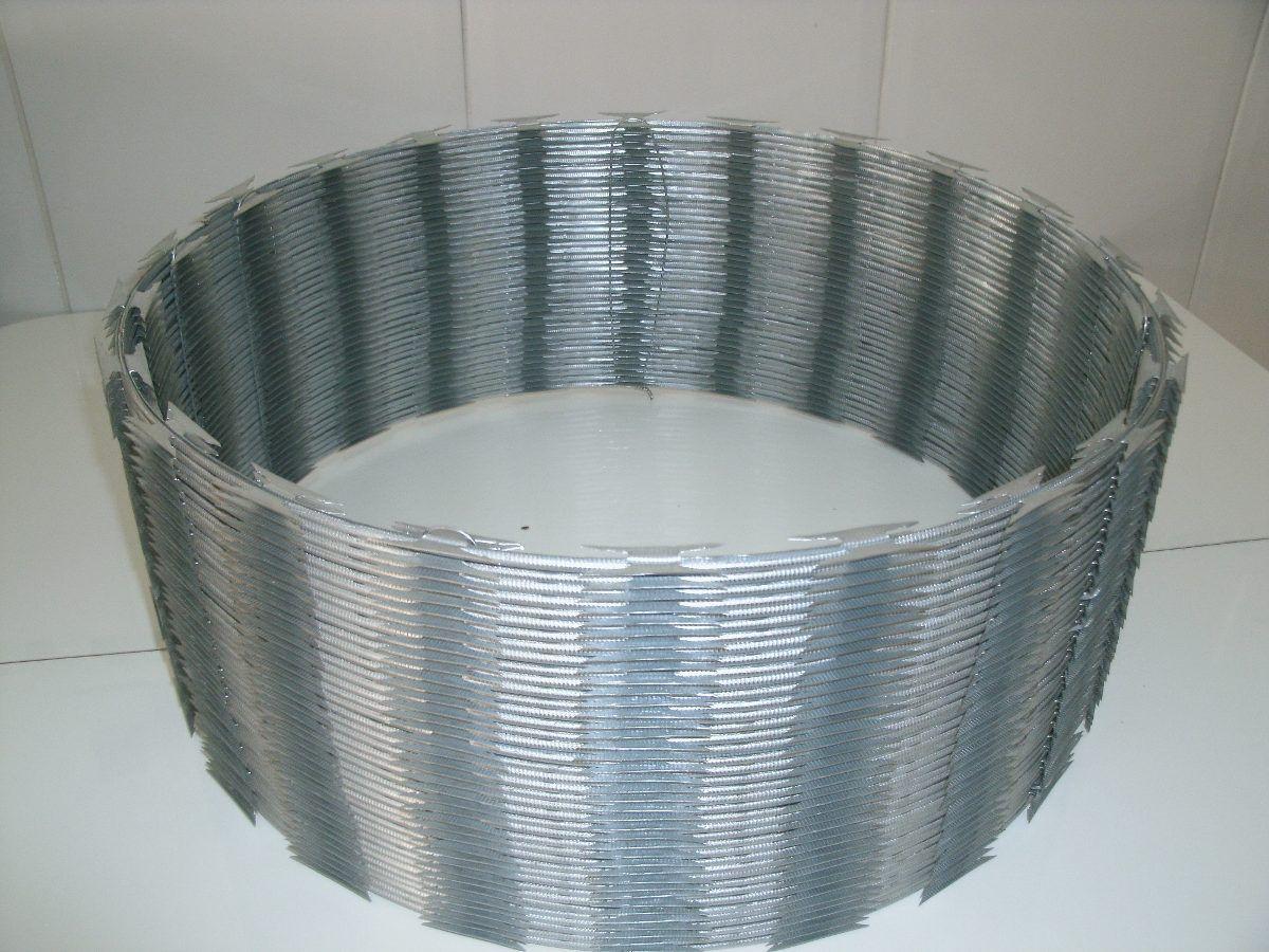 Kit Cerca de Ouriço/concertina Galvalume 45cm - Faz Até 10 Metros  - Esferatronic Comercio e Distribuição
