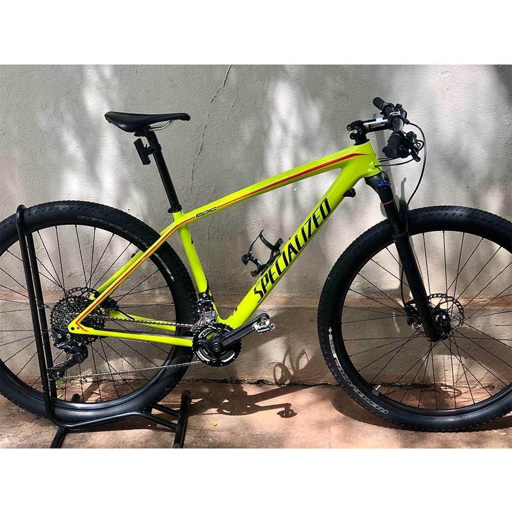 Bicicleta Specialized Epic Hardtail Comp Carbon 29 2017 Verde Tamanho M (Semi-nova)