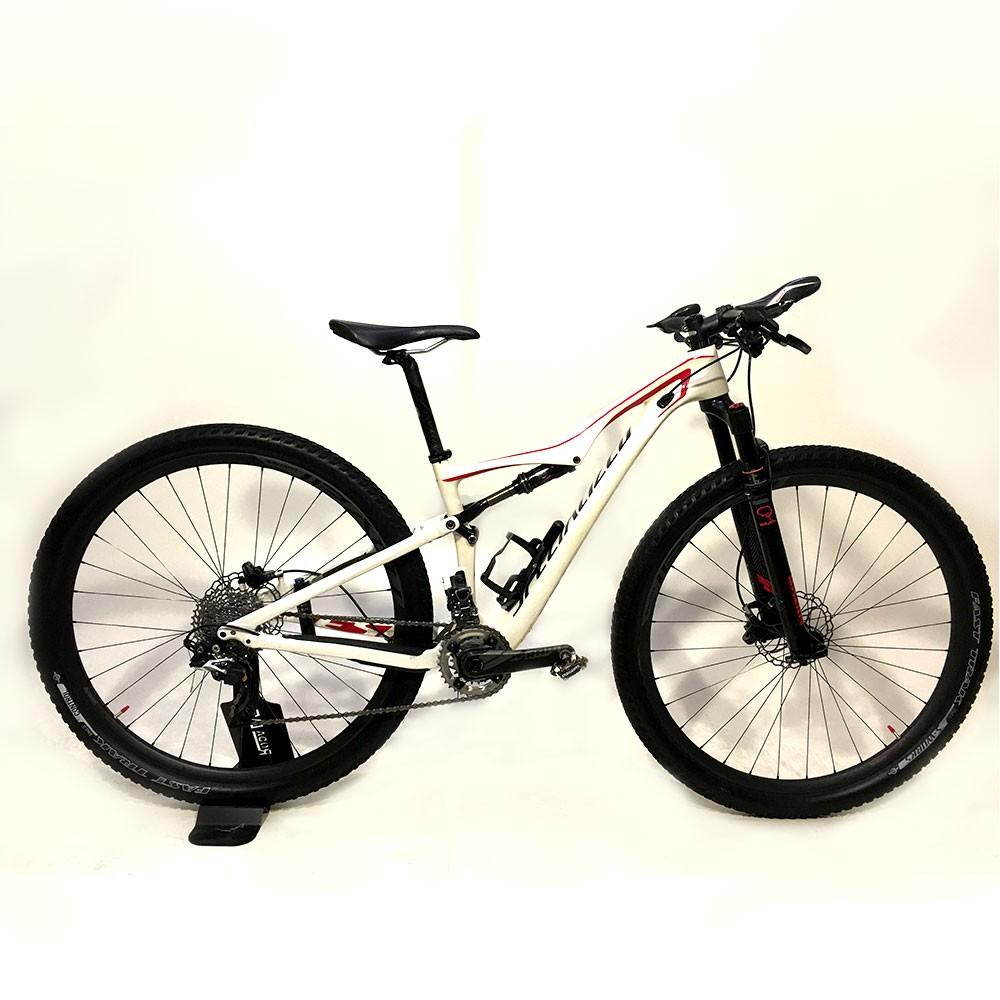 Bicicleta Specialized Era Expert Carbon Tamanho 15 Branca/Vermelha Usada