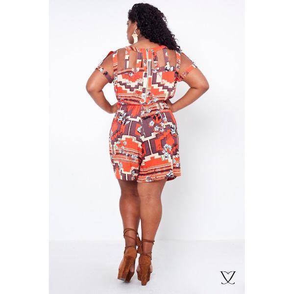 Macaquinho Plus Size Estampa Etnica