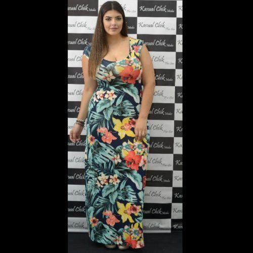 Vestido Plus Size Longo Carmen