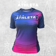 Camiseta Athleta Free Feminino - Marinho com Rosa