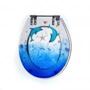 Assento Sanitário Poliéster para Louça Victória (Ideal Standard) Aço Cromado Decorado 'Golfinho' Azul Translúcido